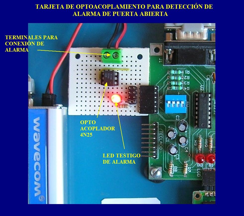 Circuito Optoacoplador : Entrada digital para microcontrolador con acoplamiento optico